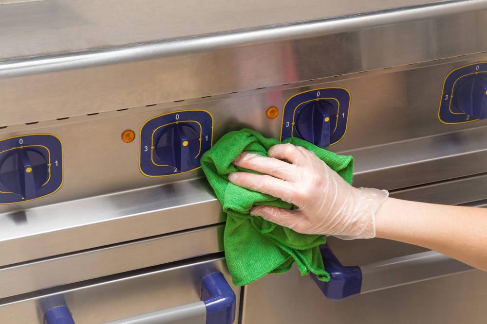 Limpiar el hogar respetando el medio ambiente es posible, y te decimos cómo