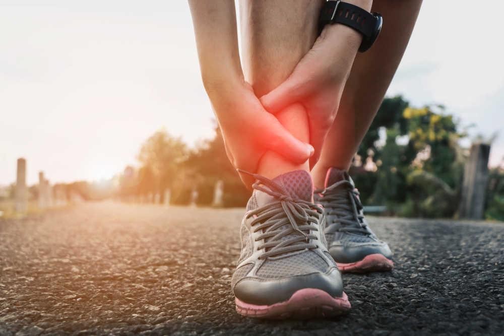 Descubre las lesiones deportivas más frecuentes y cómo evitarlas